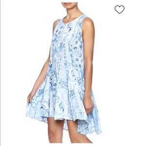 En Creme Blue Paisley Watermark Print Dress